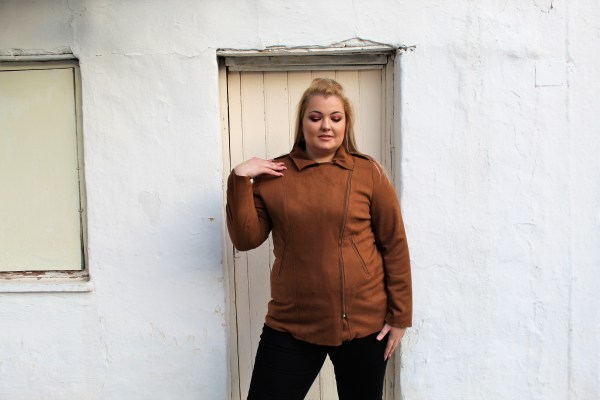 Jacket μεγάλα μεγέθη alcantara ταμπά με κλασσικό φερμουάρ