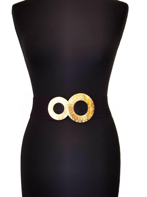 Ζώνη μεγάλα μεγέθη λάστιχο με χρυσή στρογγυλή μεταλική αγκράφα.Στο eshop μας θα βρείτε οικονομικά γυναίκεια ρούχα σε μεγάλα μεγέθη και υπερμεγέθη.