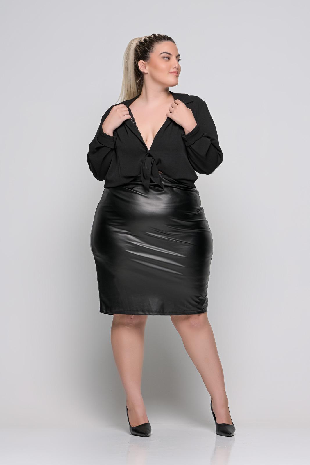Δερμάτινη φούστα μεγάλα μεγέθη μαύρη ψηλόμεση