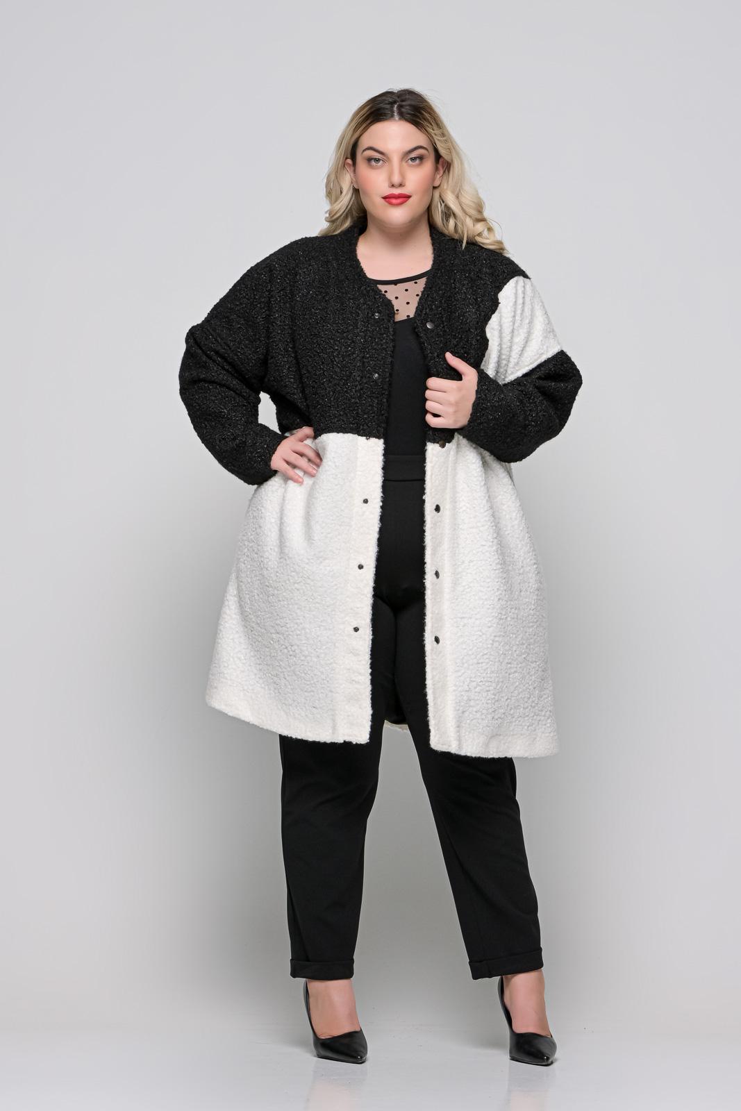 Παλτό μεγάλα μεγέθη μαύρο/λευκό +Psx μπουκλέ φοδραρισμένο. Στο eshop μας θα βρείτε οικονομικά γυναίκεια ρούχα σε μεγάλα μεγέθη και υπερμεγέθη.