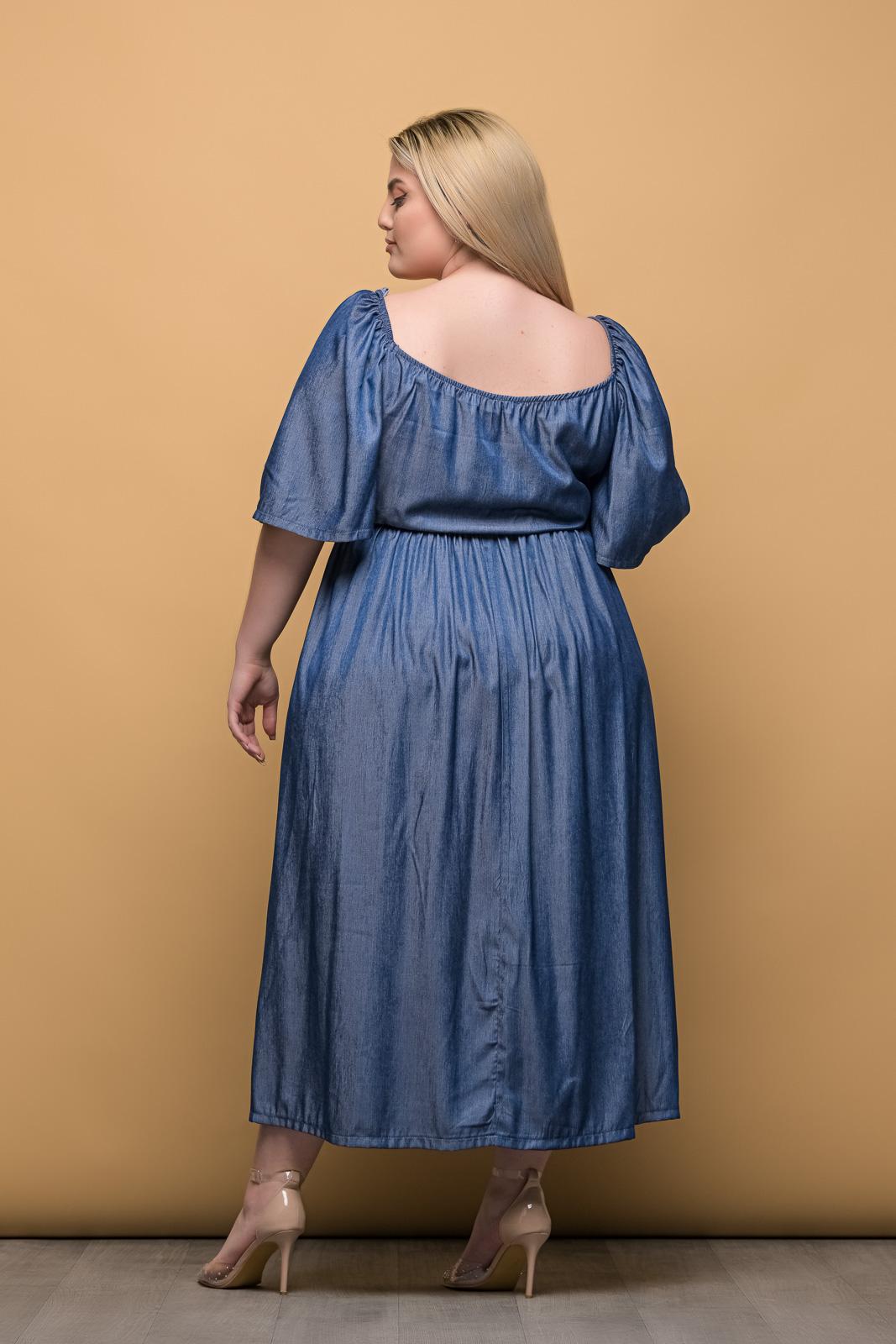 Φόρεμα μεγάλα μεγέθη τζιν με δέσιμο στο στήθος και λάστιχο στη μέση.Στο eshop μας θα βρείτε οικονομικά γυναίκεια ρούχα σε μεγάλα μεγέθη και υπερμεγέθη.