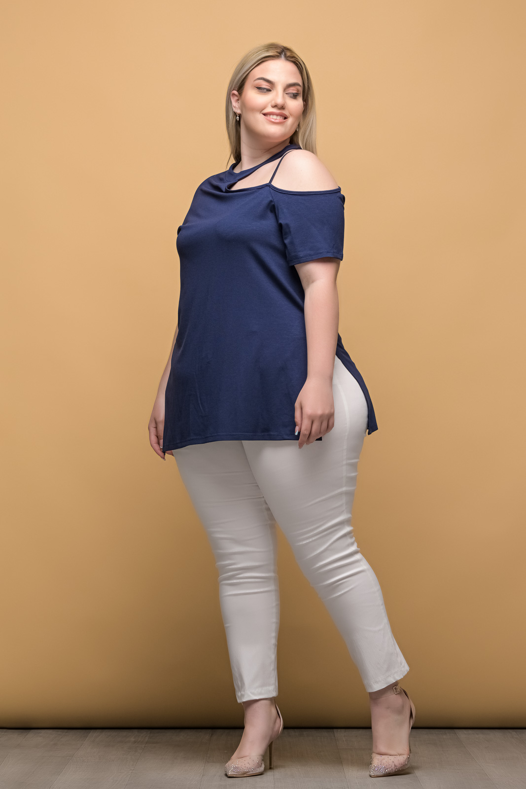 Μπλούζα με έξω ώμο μπλε και ανοίγματα στο πλάι
