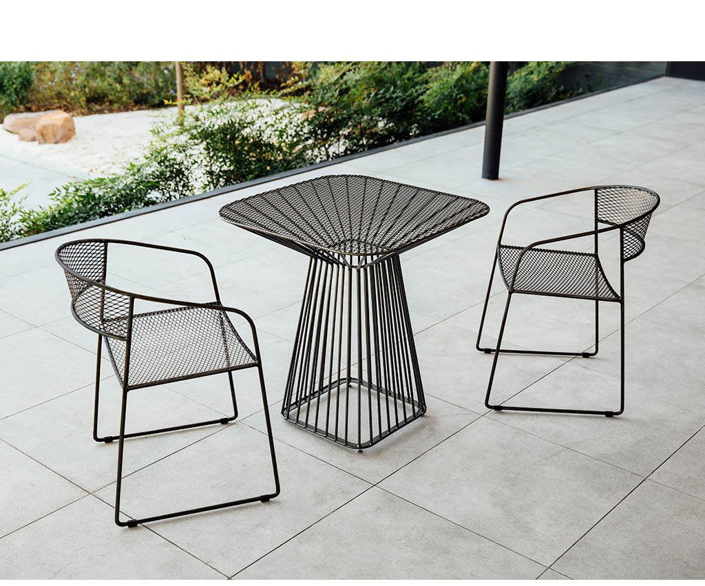 Flare Cafe Table + Armchairs