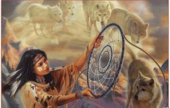 Бубен для шамана служит связью с духами природы