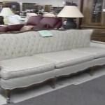 диван с приведением