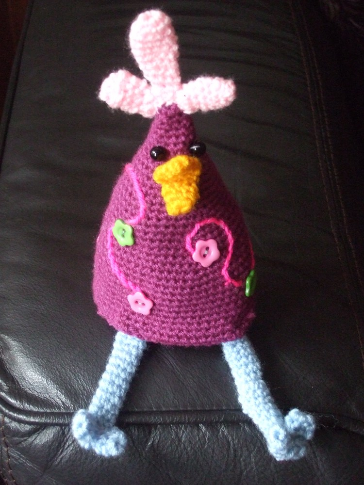 Spring walk in sunshine (whoop whoop) then cake and crochet (6/6)