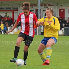 WOMEN'S FOOTBALL: Argyle's wait goes on, but Saltash make impressive start