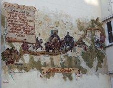 Malba Goldene Strasse ve Weidenu odkazuje na historickou obchodní cestu. Foto: Foto: Antonín Ryska, CC BY-SA 4.0, Wikimedia
