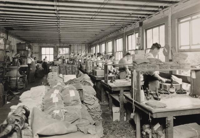 výroba rukavic