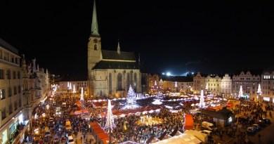 Plzeňské adventní trhy na náměstí Republiky nakonec budou