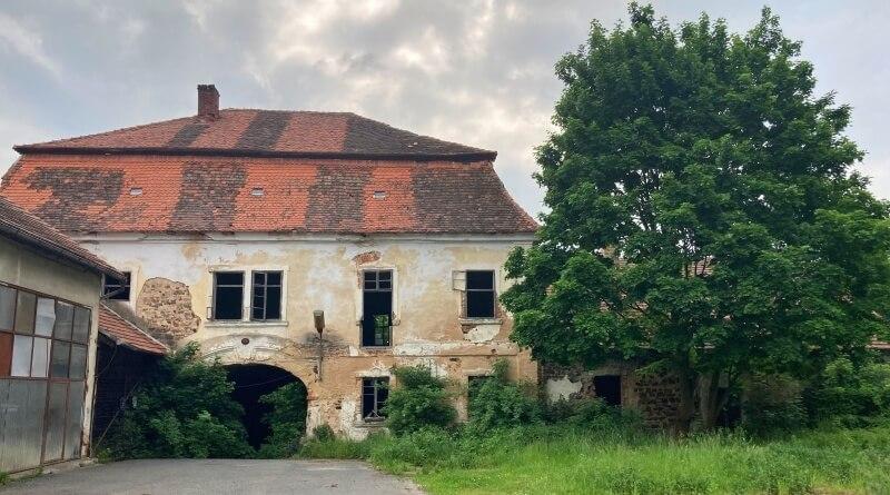 Areál bývalého pivovaru v Dolní Lukavici