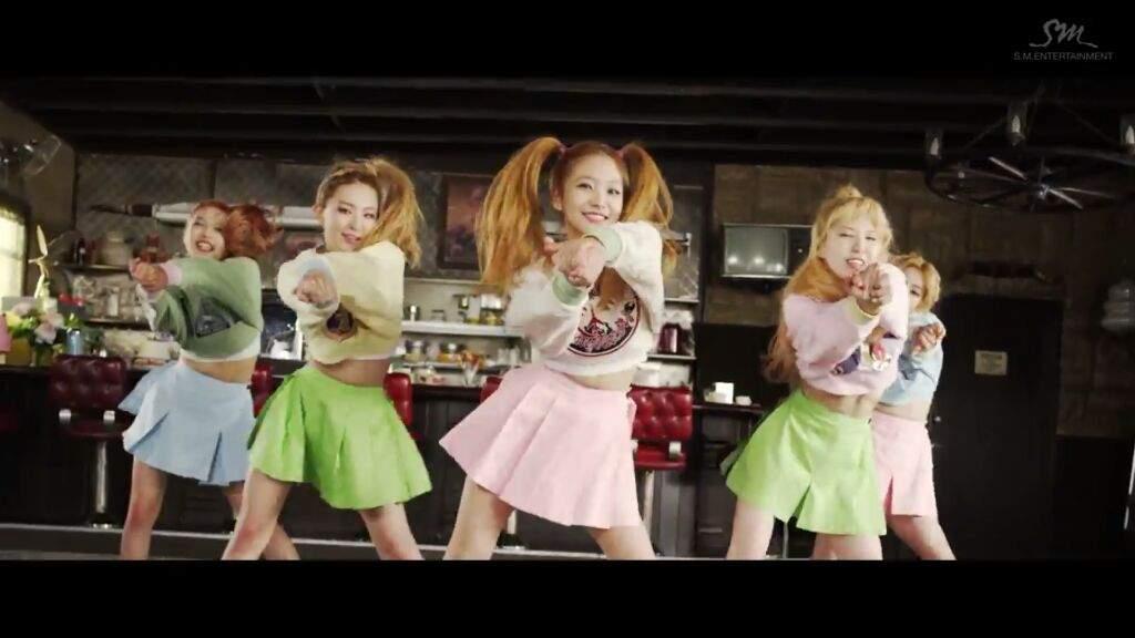 Red Velvet Ice Cream Cake K Pop Amino