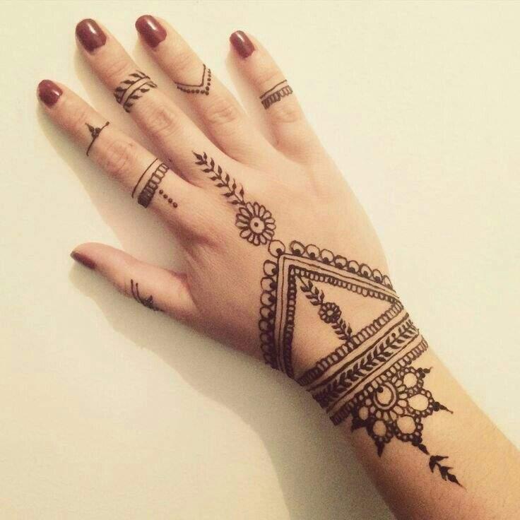 Tatuajes De Henna Moda Belleza Y Fitness Amino