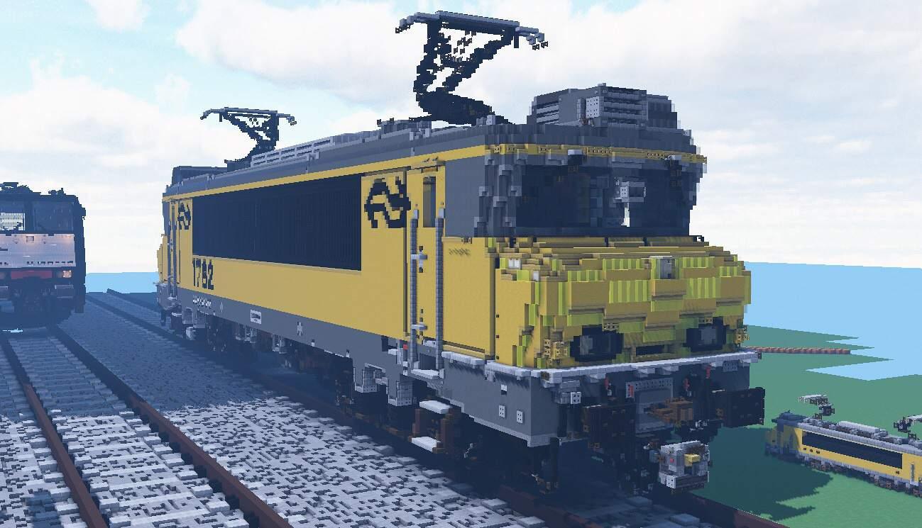 10:1 Scale NS Class 1700   Minecraft Amino