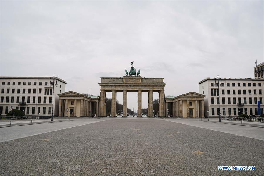Photo taken on March 20, 2020 shows a view of the Brandenburg Gate in Berlin, capital of Germany. The number of COVID-19 cases in Germany has increased by 2,958 within one day to 13,957, the German federal disease control agency Robert Koch Institute (RKI) announced on Friday. (Xinhua/Ren Ke)