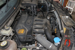 land rover freelander engine diagram bmw x5 speaker wiring how to fit a clutch on - professional motor mechanic