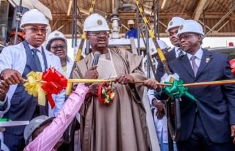L-R: Chief Operating Officer, Nigerian National Petroleum Corporation Downstream, Mr. Henry Obih; Oyo State Governor, Senator Abiola Ajimobi; and Group Managing Director, NNPC, Dr. Maikanti Baru, during the inauguration
