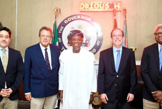 Ogbeni Rauf Aregbesola (middle); Deputy Chief of the US Mission in Nigeria, David Young (2nd right); Consul General, Mr John Bray (2nd left); Political and Economic Chief, Mr Osman Tat (left) and Director of Public Affairs, Mr Russell Brooks, during the visit…