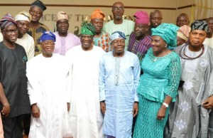 From the left…Osun deputy governor Benedict Gboyega Alabi; Governor Gboyega Oyetola; Chairman Iwude Ijesaland Festival planning committee, Chief Olu Falomo; Professor Olu Aina; Mrs Gbadebo Ajayi; Chief Ayo Ayo and others, during the visit…