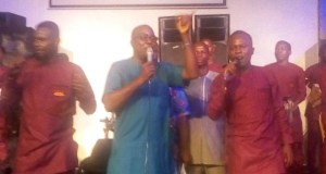 Taiwo Omotunde...dishing out the best to guests at the album launch...