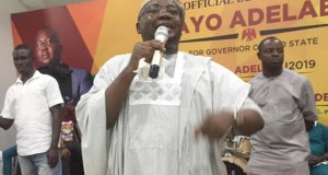 Chief Adebayo Adelabu...addressing his supporters at the event...