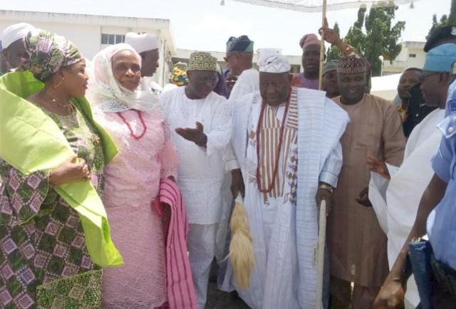 Chief Judge of Oyo State, Justice Munta Abimbola welcoming the Olubadan of Ibadan land, Oba Saliu Adetunji and his wife, Olori Rasheedat to the venue of the programme
