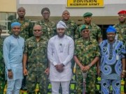 ...Rt Hon Adebo Ogundoyin, the Speaker of the Oyo State House of Assembly and his team with the top brass at the Nigerian Army 2 Div...