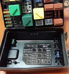 fuse box ford mondeo 1998 93bg 14411 ac 10by1 4979 [ 1024 x 1820 Pixel ]