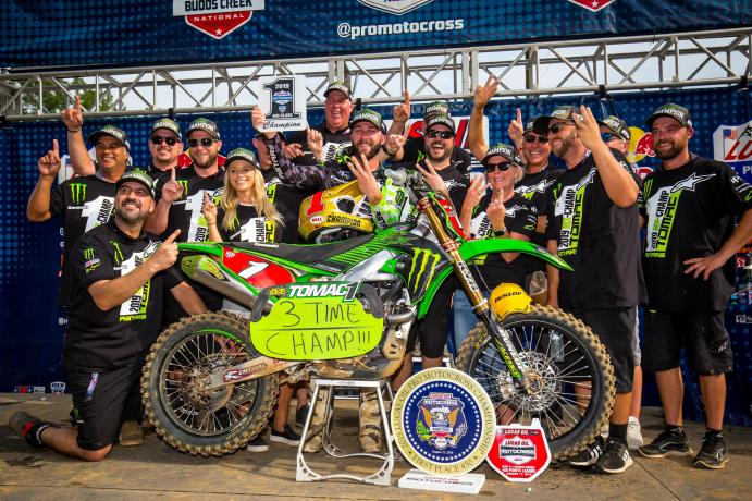 Eli Tomac swept both motos to clinch a third straight 450 Class championship.