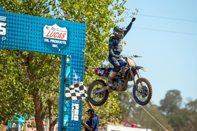 Dylan Ferrandis wrapped up his championship-winning season with a sixth overall victory.