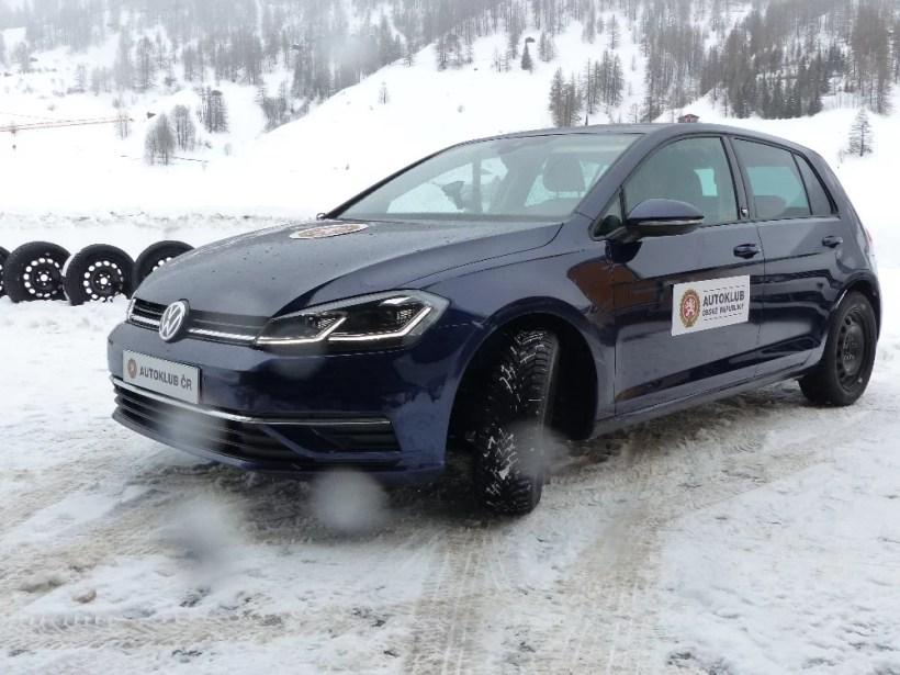 autoklub-cr-test-celorocnih-pneu-205_55_R16-vysledky