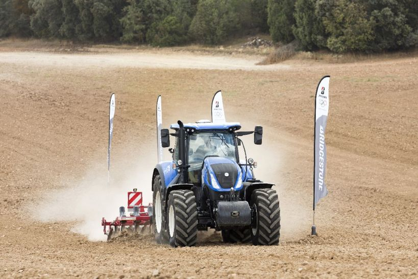 Bridgestone-VX-TRACTOR-traktor