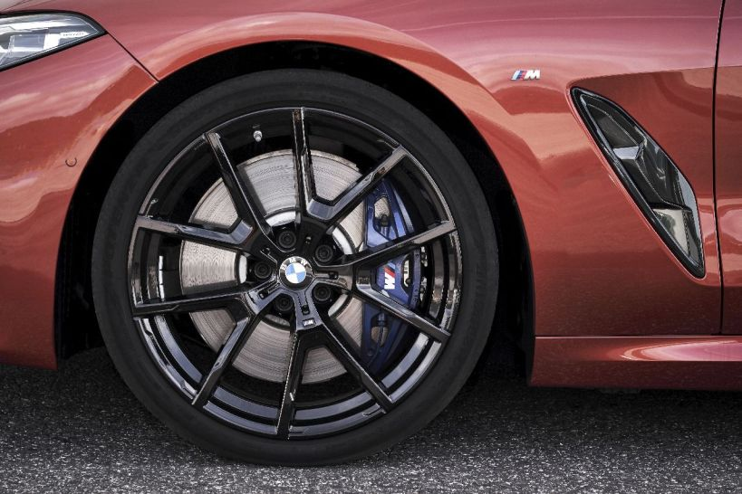 the-new-bmw-m850i-xd small