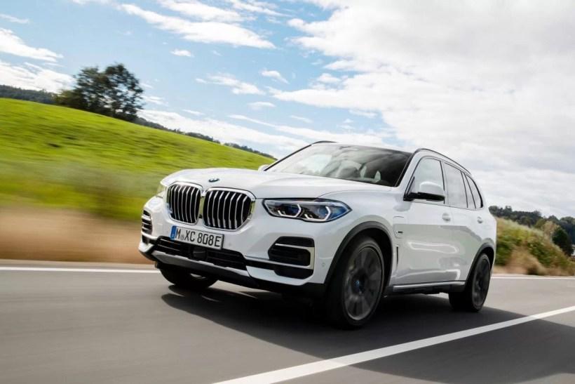 BMW_X5_xDrive45e-pneu-Pirelli_P_Zero-FSC- (1)