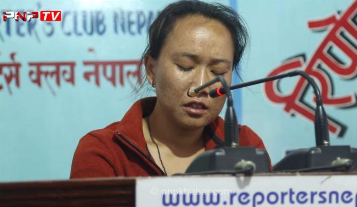 समिरमानकी श्रीमतीले रुँदै भनिन्, 'शरद गौचनको हत्याको अभियोगमा मेरो श्रीमानलाई इन्काउन्टर गर्न खोजियो' [हेर्नुहोस् भिडियो सहित्]
