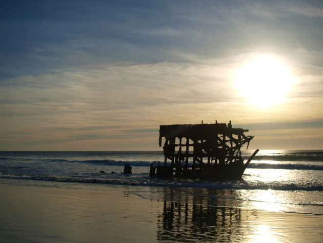 Peter Iredale wreck at Sunset