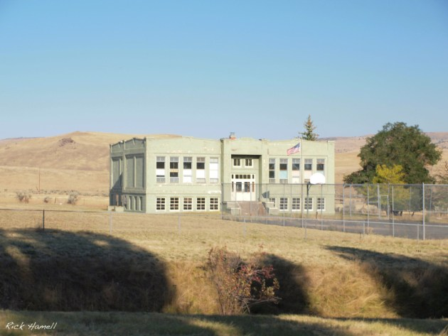 Antelope, Oregon, School