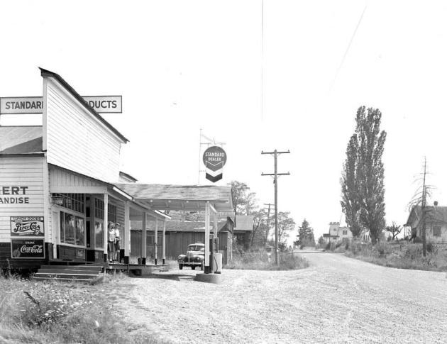 Main Street in Airlie Oregon