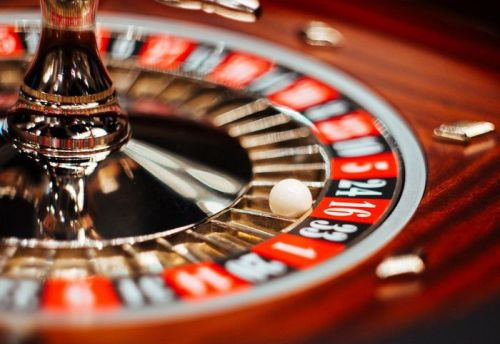 В каком казино онлайн реально выиграть играем в карты под желания
