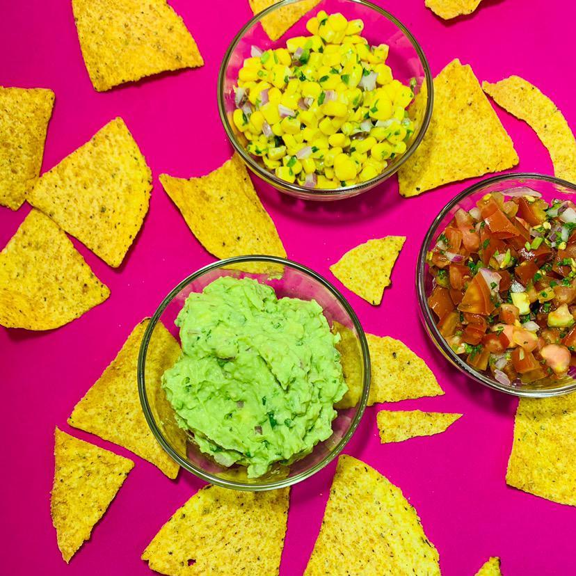 papas fritas, salsa, guacamole, Maíz