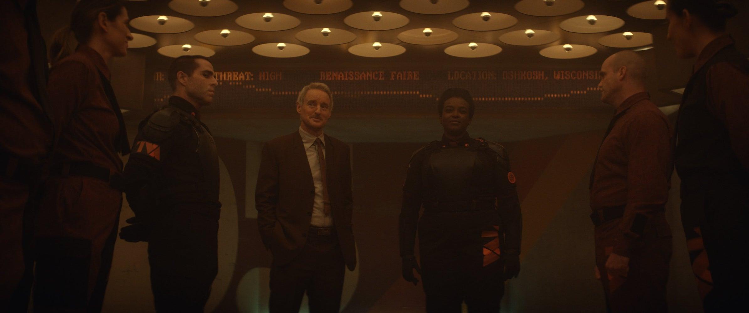 (L-R): Hunter D-90 (Neil Ellice), Mobius (Owen Wilson) and Hunter B-15 (Wunmi Mosaku) in Marvel Studios' LOKI, exclusively on Disney+. Photo courtesy of Marvel Studios. ©Marvel Studios 2021. All Rights Reserved.