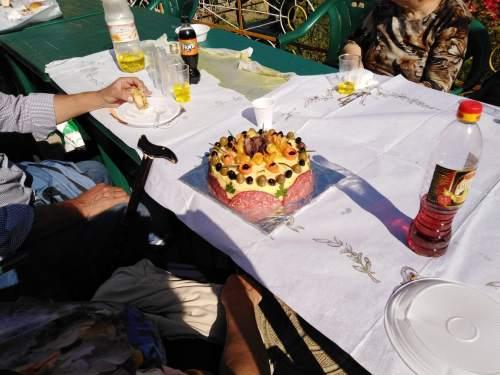 За празника на картофа в село Чифлик и националното изложение на занаятите в Орешака