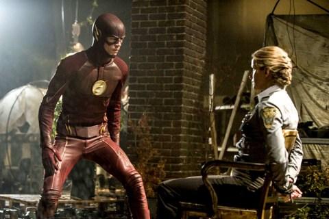 Flash-2x01-img002