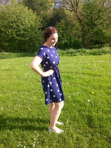 Caroline Fairbanks-Critchfield - Quilting Bee Dress - Just For You (and Mollie Makes Sewing