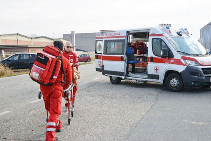 ambulanza-incidente-lavoro
