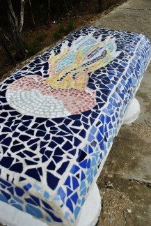 The beachfront street has an installment of decorated benches from one end to the other. I think there are more than 35 benches painted, tiled or sculpted with everything from beach scenes to frescoes of seagulls.