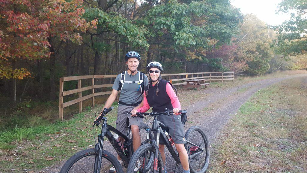 Poconos Fall Foliage Report - D&L Black Diamond Trail