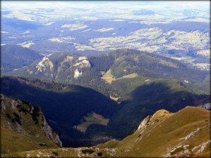 Krzesanica (2122 m n.p.m.) - widok na północ - sierpień 2012