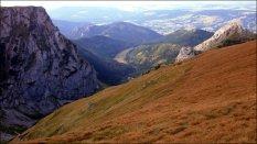 Widok z masywu Czerwonych Wierchów na Dolinę Małej Łąki - sierpień 2012