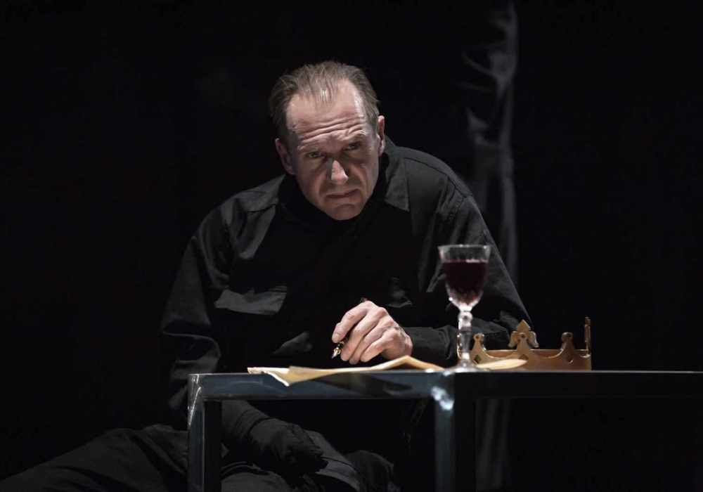Review: Rupert Goold's Tragedy of Richard III at the Almeida Theatre